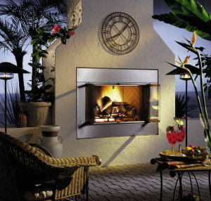 Now this is a gorgeous Denver outdoor fireplace. How would you like to be sipping some fine wine and toasting your toes next to this work of art? PHOTO BY: Vermont Castings