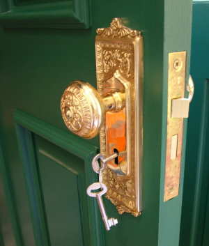 This ornate solid-brass door hardware is an exact copy of that made 150 years ago. It sports a full-mortise lockbox operated by traditional skeleton keys. PHOTO CREDIT: Tim Carter