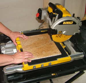 How to cut ceramic tile without a wet saw