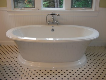 The only thing missing that would create the illusion that this is a 120-year-old vintage tub are the claw feet. PHOTO CREDIT:  Tim Carter